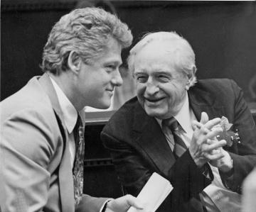 bill-clinton-orval-faubus-1991