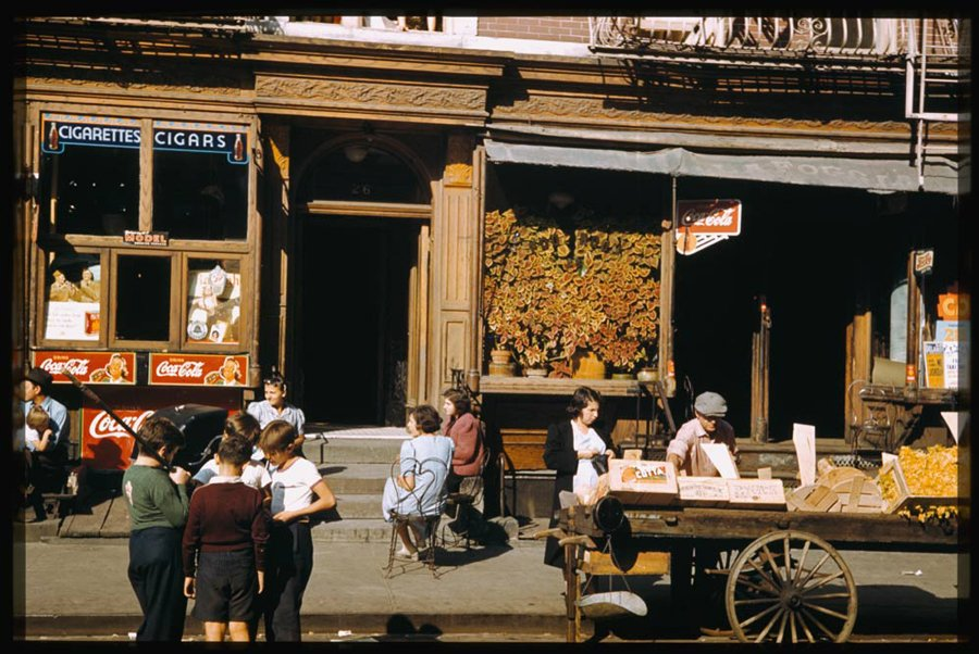 stores-near-corner-of-broome-st-and-baruch-place-lower-east-side-1941
